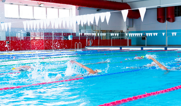 Nuoto adulti: iscrizioni aperte ai corsi estivi
